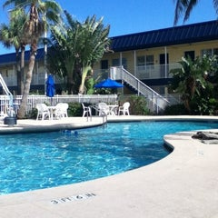 Photo taken at Best Western Cocoa Beach Hotel & Suites by Dave H. on 4/22/2012