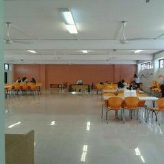 Photo taken at Jurisdiccion Inmobiliaria by Roman L. on 3/6/2012