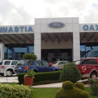 Photo taken at DINASTIA AUTOMOTRIZ OAXACA SA DE CV DISTRIBUIDOR AUTORIZADO FORD. by Autofinanciamiento México on 8/6/2012