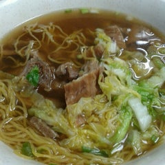 Photo taken at Wai Ying Fastfood (嶸嶸小食館) by Aby V. on 7/19/2012