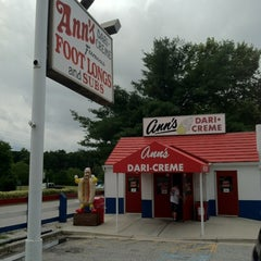 Photo taken at Ann's Dari-Creme by Martin M. on 7/22/2012