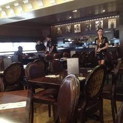 Photo taken at Hard Rock Cafe Venezia by Jonathan J. on 5/9/2012