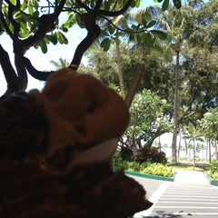 Photo taken at Lappert's Hawaii by Zulma A. on 5/2/2012