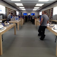 Photo taken at Apple Store, Providence Place by Caitlyn J. on 4/13/2012