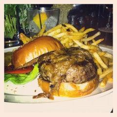 Photo taken at Minetta Tavern by Ben K. on 8/30/2012
