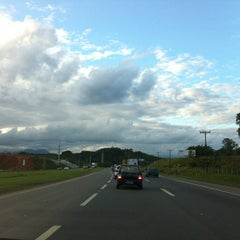 Photo taken at Rodovia BR-101 by Renata M. on 3/18/2012