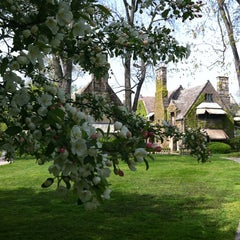 Photo taken at Edsel & Eleanor Ford House by Cristina D. on 4/29/2012