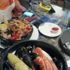 Photo taken at Joe's Crab Shack by Alex T. on 6/2/2012