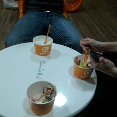 Photo taken at Orange Leaf Frozen Yogurt by Lauren E. on 6/1/2012