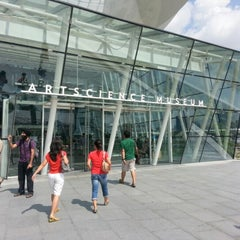 Photo taken at ArtScience Museum by Reman C. on 6/24/2012