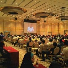 Photo taken at Dewan Seri Siantan by Azwaie Mohd A. on 2/19/2012