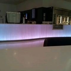 Photo taken at Virgin Australia Lounge by Thomas B. on 2/26/2012