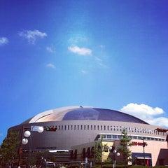 Photo taken at 福岡ヤフオク!ドーム (Fukuoka Yafuoku! Dome) by uzyyyy on 8/4/2012