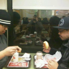 Photo taken at Wendy's by Dj I. on 2/21/2012