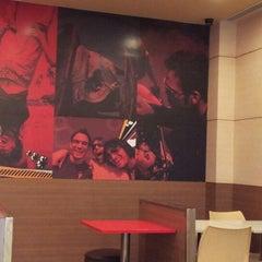 Photo taken at KFC Restaurant by Nit P. on 8/27/2012
