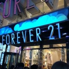 Photo taken at Forever 21 by Milene E. on 3/18/2012