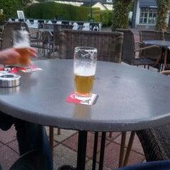 Photo taken at Restaurant De Bonte Koe by Jan G. on 5/9/2012