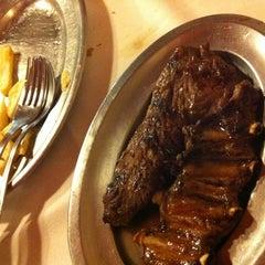 Photo taken at Restaurante Villanueva by Rocio on 5/19/2012