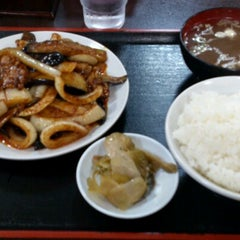 Photo taken at 朱華飯店 小田原店 by Koutaku T. on 8/23/2012