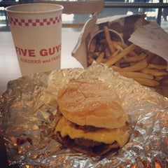 Photo taken at Five Guys by Ryan A. on 8/19/2012