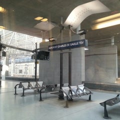 Photo taken at Gare SNCF d'Aéroport Charles de Gaulle TGV by Helena d. on 9/10/2012