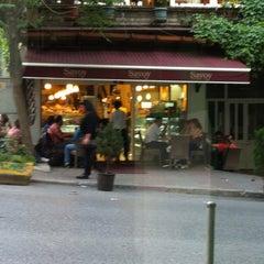Photo taken at Savoy Pastanesi by Hakan K. on 5/22/2012