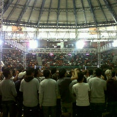 Photo taken at Polideportivo Ignacio Manuel Altamirano by Jonatan on 9/6/2012