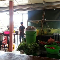 Photo taken at Warung 94 Belakang Kantor Pos by Ayu u. on 8/23/2012