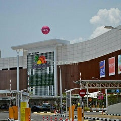 Photo taken at AEON Ipoh Station 18 Shopping Centre by Selva R. on 8/6/2012
