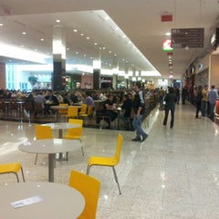 Photo taken at Norte Shopping by Fabiano L. on 6/20/2012