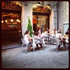 Foto tirada no(a) Foxy Bar por Rafael G. em 6/9/2012