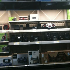 Photo taken at Best Buy by Trina T. on 3/30/2012