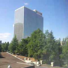 Photo taken at DoubleTree by Hilton Hotel Portland by Chris A. on 8/31/2012