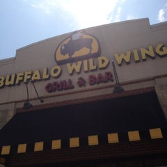 Photo taken at Buffalo Wild Wings by Taylor on 6/28/2012