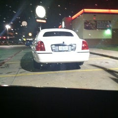 Photo taken at Burger King by Tyrone on 3/22/2012