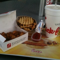 Photo taken at Chick-fil-A by Didra G. on 3/9/2012
