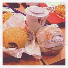 Photo taken at Burger King by Alifa I. on 5/17/2012