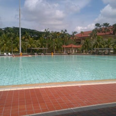 Photo taken at Yio Chu Kang Swimming Complex by Danial A. on 7/6/2012