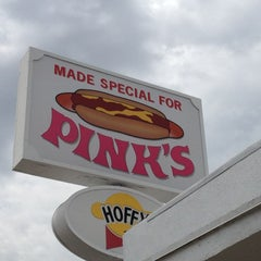 Photo taken at Pink's Hot Dogs by Owen W. on 7/13/2012
