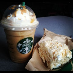 Photo taken at Starbucks by Mary N. on 8/23/2012