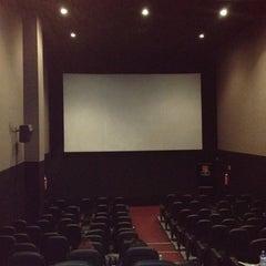 Photo taken at Cinemex Reforma - Casa de Arte by Itzá R. on 6/3/2012