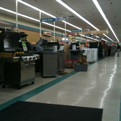 Photo taken at Orchard Supply Hardware by Jewel J. on 4/27/2012