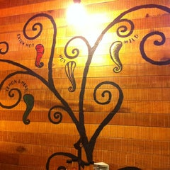 Photo taken at Nando's by Ikhwanzz on 5/2/2012