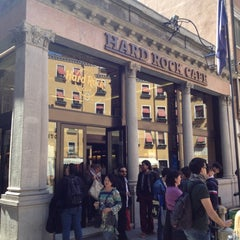 Photo taken at Hard Rock Cafe Venezia by Bora C. on 4/21/2012