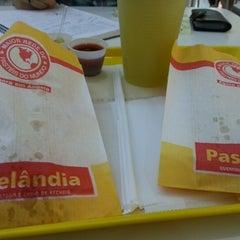 Photo taken at Pastelândia by Raul E. on 8/25/2012