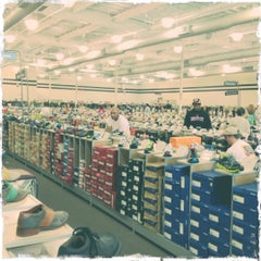 Photo taken at DSW Designer Shoe Warehouse by Brent A. on 7/28/2012