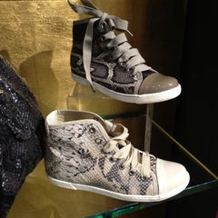 Photo taken at Steve Madden by Miss Merli w. on 2/29/2012