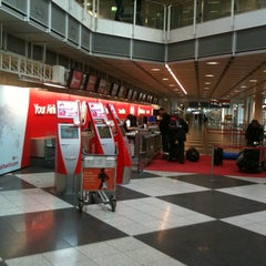 Photo taken at Air Berlin Check-In by Ron P. on 3/13/2012