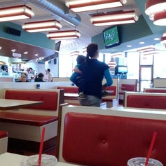 Photo taken at Dickie Jo's Burgers by Aaron M. on 4/7/2012