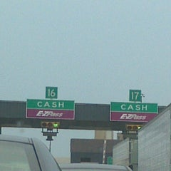 Photo taken at E-ZPass Stop-in Center - Fort McHenry Tunnel by Tishia S. on 6/22/2012
